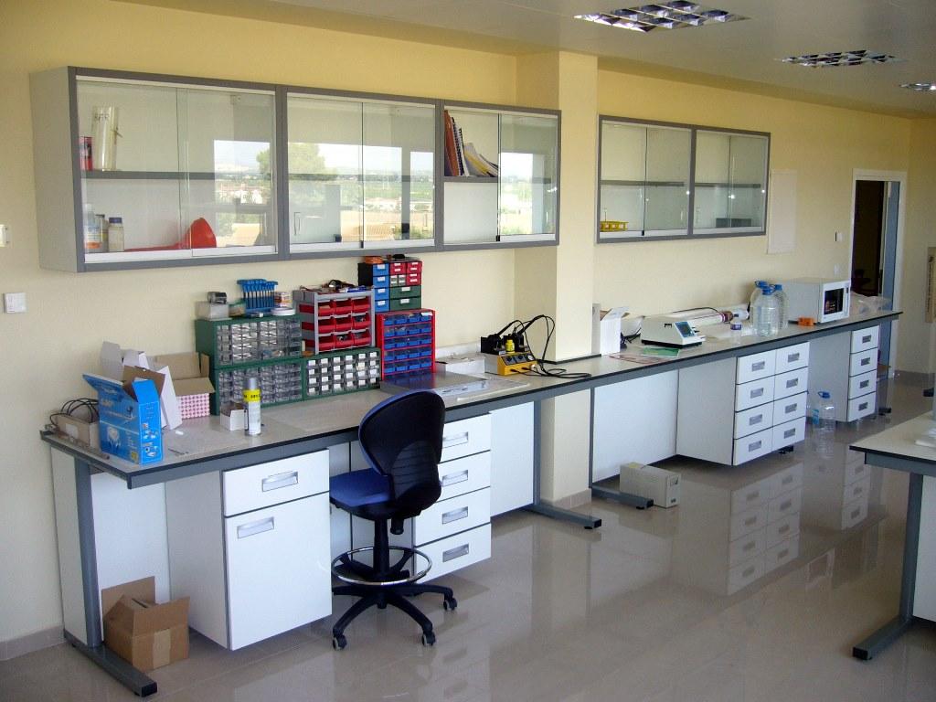 mesa-mural-laboratorio-a1