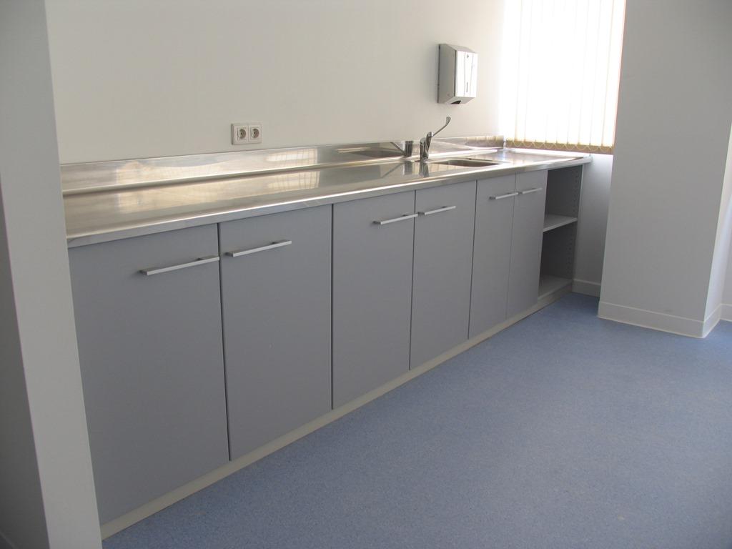 Muebles de consulta con encimera en acero inoxidable - Lavabo de acero inoxidable ...
