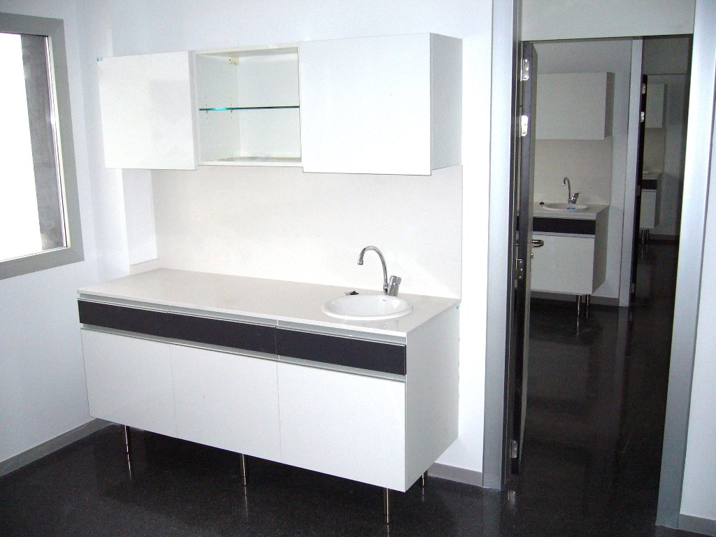 Muebles-consulta-encimera-silestone-32