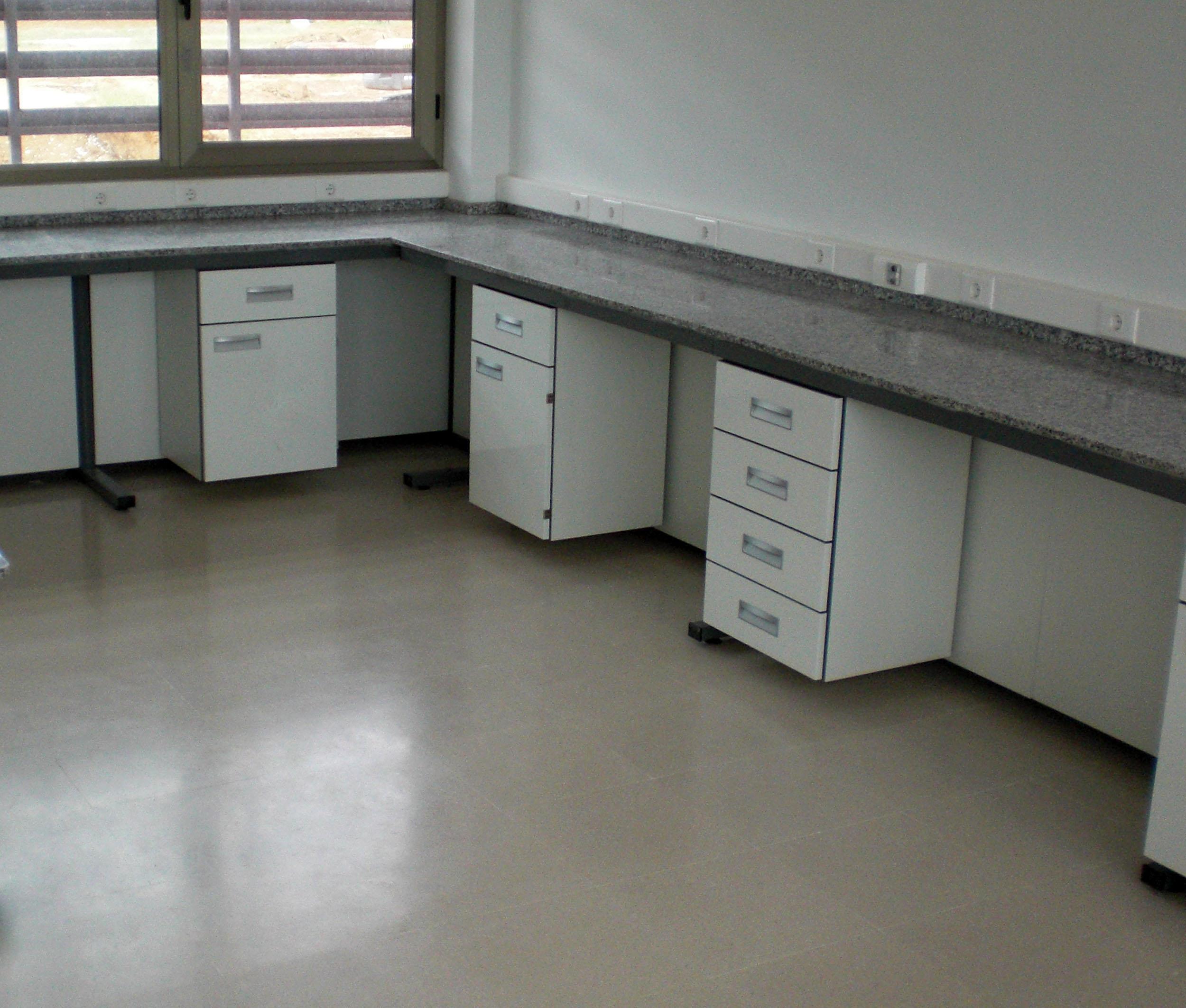 Muebles-consulta-encimera-melamina-11
