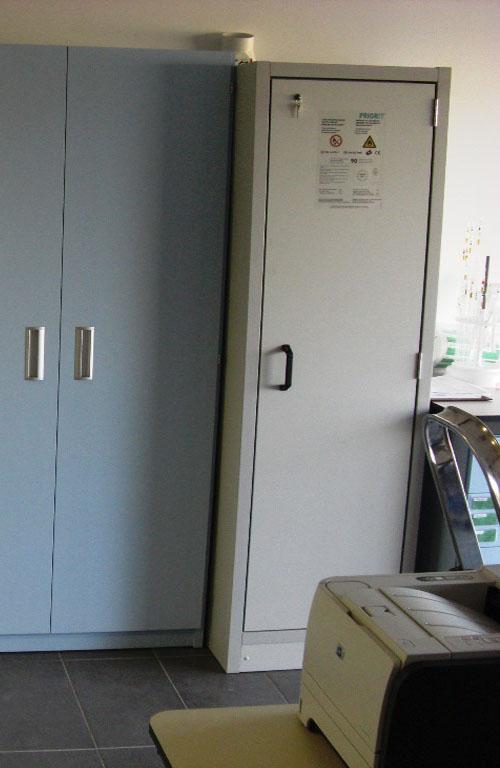 armario-de-seguridad-c4