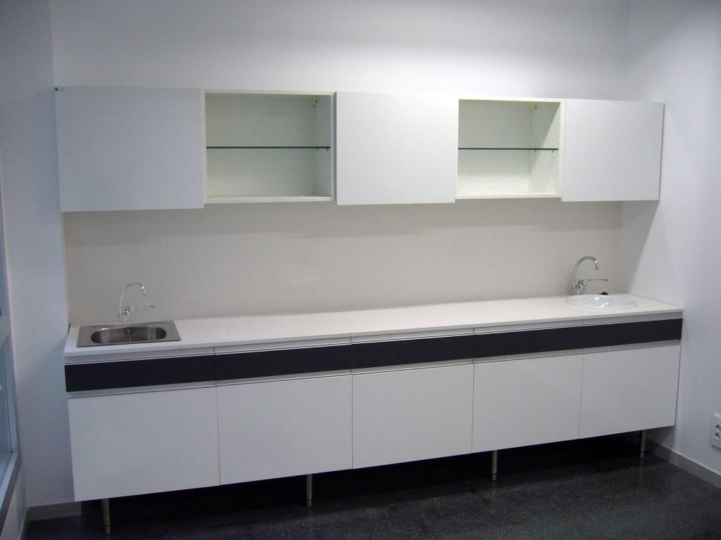 Muebles-consulta-encimera-silestone-31