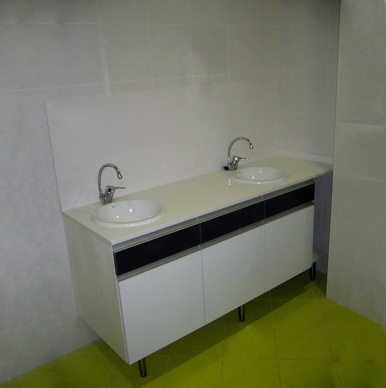 Muebles-consulta-encimera-silestone-33
