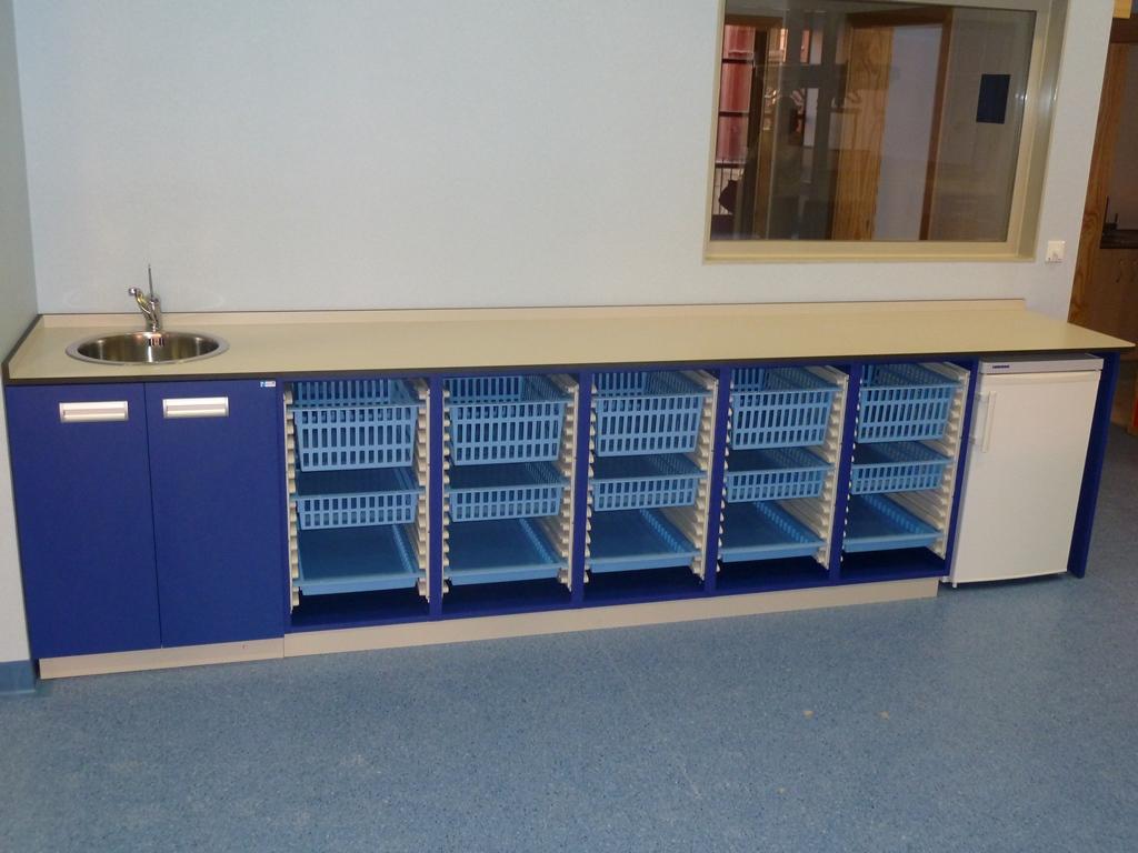 mobiliario laboratorio clinico