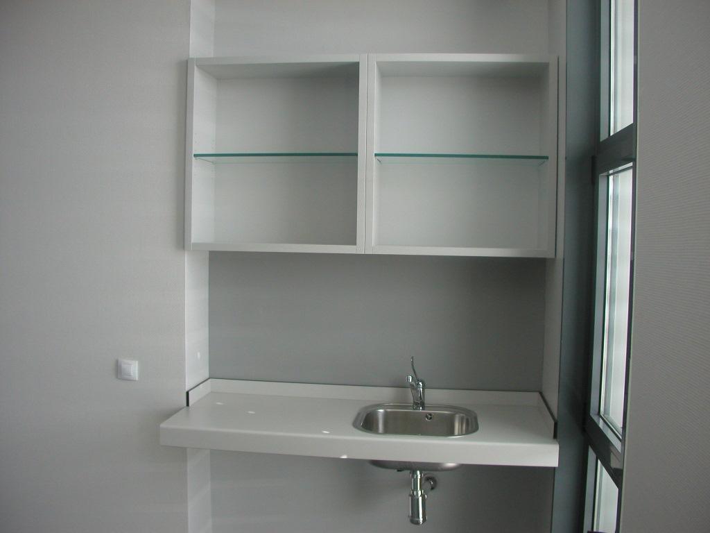 Mobiliario-clinico-armario-colgar-61-2
